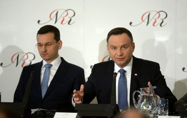 President Andrzej Duda (R) and Development Minister Mateusz Morawiecki (L). Photo: PAP/Bartłomiej Zborowski