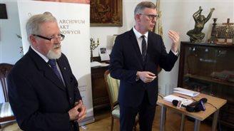 Dokumenty władz emigracyjnych trafiły do Polski