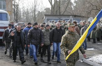 No easy way out to Ukraine crisis