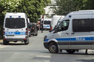 Polish police detain bomb suspect