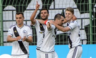 Legia given Europa League walkover after stone-throwing incident