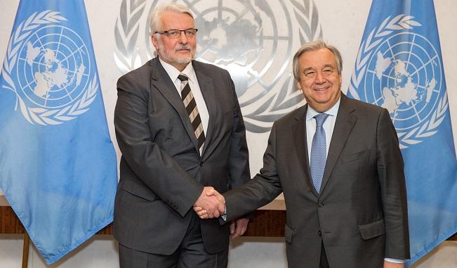 Szef polskiego MSZ Witold Waszczykowski i sekretarz generalny ONZ Antonio Guterres w trakcie spotkania w Nowym Jorku.