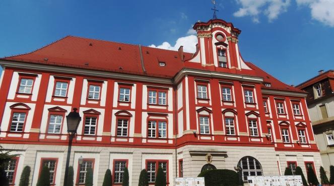 Головний будинок Національної бібліотеки імені Оссолінських у Вроцлаві