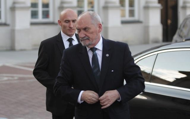 Verteidigungsminister Antoni Macierewicz