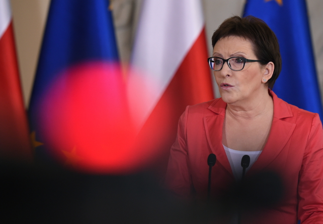 PM Kopacz addressed a press conference on Tuesday. Photo: PAP/Radek Pietruszka