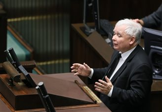 Polish MPs throw out bid to totally ban abortion