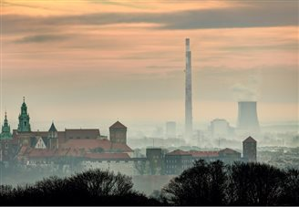 Polish government to fight smog with lower electricity rates