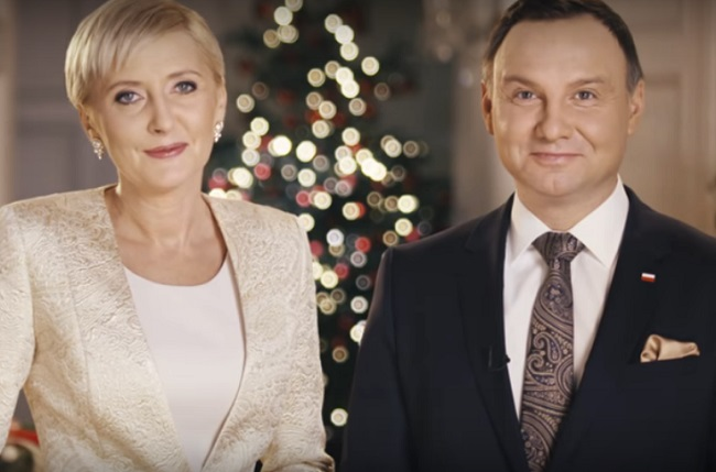 The Polish President and First Lady in a Christmas address to the nation. Photo: prezydent.pl.