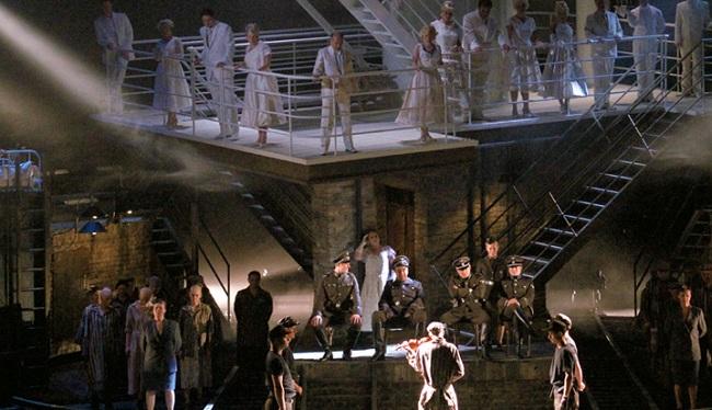 The opera will run until 15 March. Photo: lyricopera.org