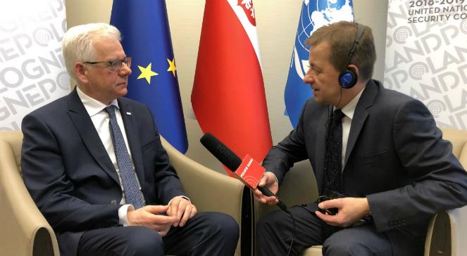 Jacek Czaputowicz podczas rozmowy z Markiem Wałkuskim - zdjęcie archiwalne