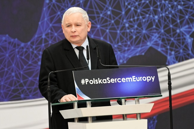 Jarosław Kaczyński, head of Poland's ruling conservative Law and Justice (PiS) party, speaks at a convention in the northern city of Gdańsk on Saturday. Photo: PAP/Adam Warżawa