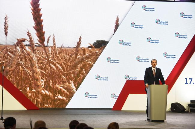 Премьер-министр Польши Матеуш Моравецкий выступает во время празднования Дня солтыса