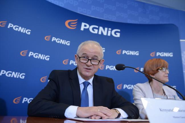 Министр энергетики Польши Кшиштоф Тхужевский и министр семьи, труда и социальной политики Эльжбета Рафальская.