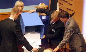 Эстония: президенту Ильвесу пока нет замены