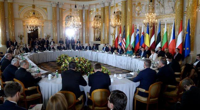 Szczyt Trójmorza na Zamku Królewskim w Warszawie