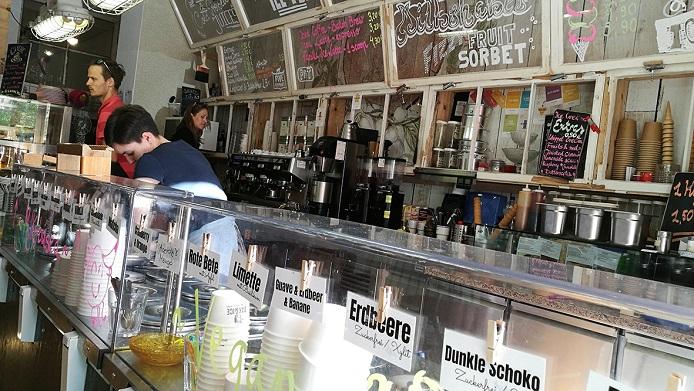 "- Polnische Eisdiele und Café ""OAK & ICE"" in Prenzlauer Berg, fot. © Arkadiusz Łuba"