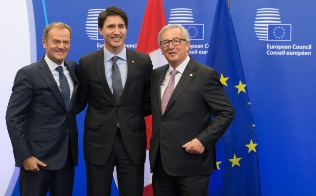 EU Council President Donald Tusk, Canadian PM Justin Trudeau and President of the European Commission, Jean-Claude Juncker. Photo: EPA/STEPHANIE LECOCQ