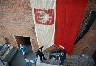 Poland marks Flag Day