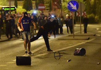 Knurów rioters attack police