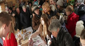 Kiermasz bożonarodzeniowy u św. Antoniego we Lwowie