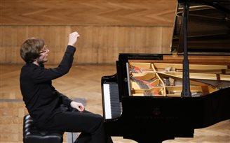 Chopin Competition moves on to stage three