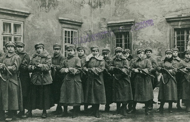 Members of the Women's League in Lviv in 1918. Photo: Biblioteka Narodowa/POLONA