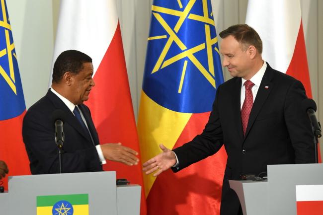 Mulatu Teshome and Andrzej Duda. Photo: PAP/Radek Pietruszka.