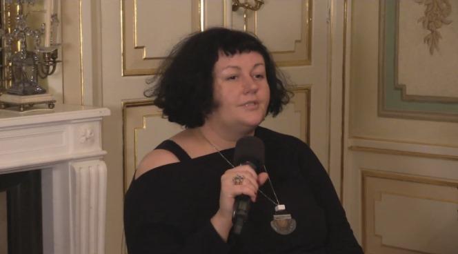 Доктор Ева Маєвська