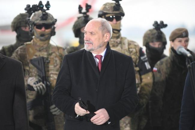 Poland's Defence Minister Antoni Macierewicz. Photo: PAP/Bartłomiej Zborowski