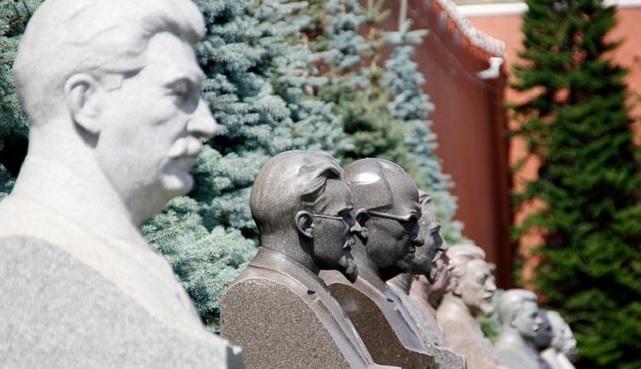 Російський політик розкритикував опитування про схвалення Сталіна росіянами