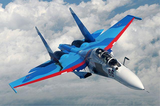 Самалёт Су-30 Узброеных сіл РФ