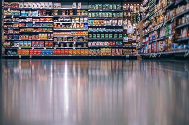 Согласно закону, в каждое второе и четвертое воскресенье месяца большие магазины в Польше закрываются.