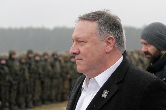 Державний секретар США Майк Помпео під час візиту в солдатів Міжнародного батальйону НАТО, 13 лютого 2019 року