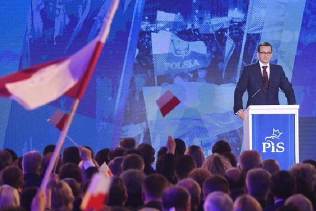 Polish Prime Minister Mateusz Morawiecki speaks at a convention in Warsaw on Saturday. Photo: PAP/Radek Pietruszka